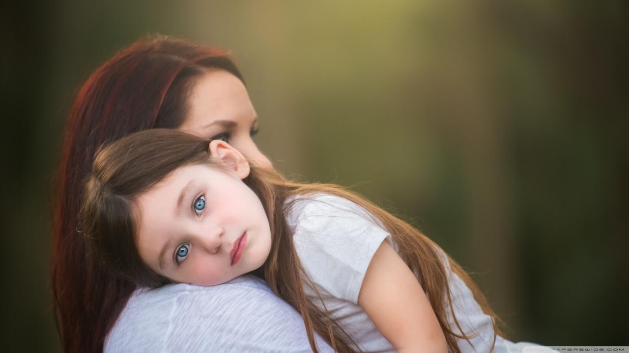 Cute Small Girl Full Hd Wallpaper Mother And Daughter 4k Hd Desktop Wallpaper For 4k Ultra