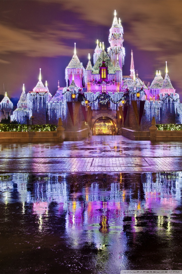 Purple Wallpaper Hd Sleeping Beauty Castle Christmas At Disneyland 4k Hd