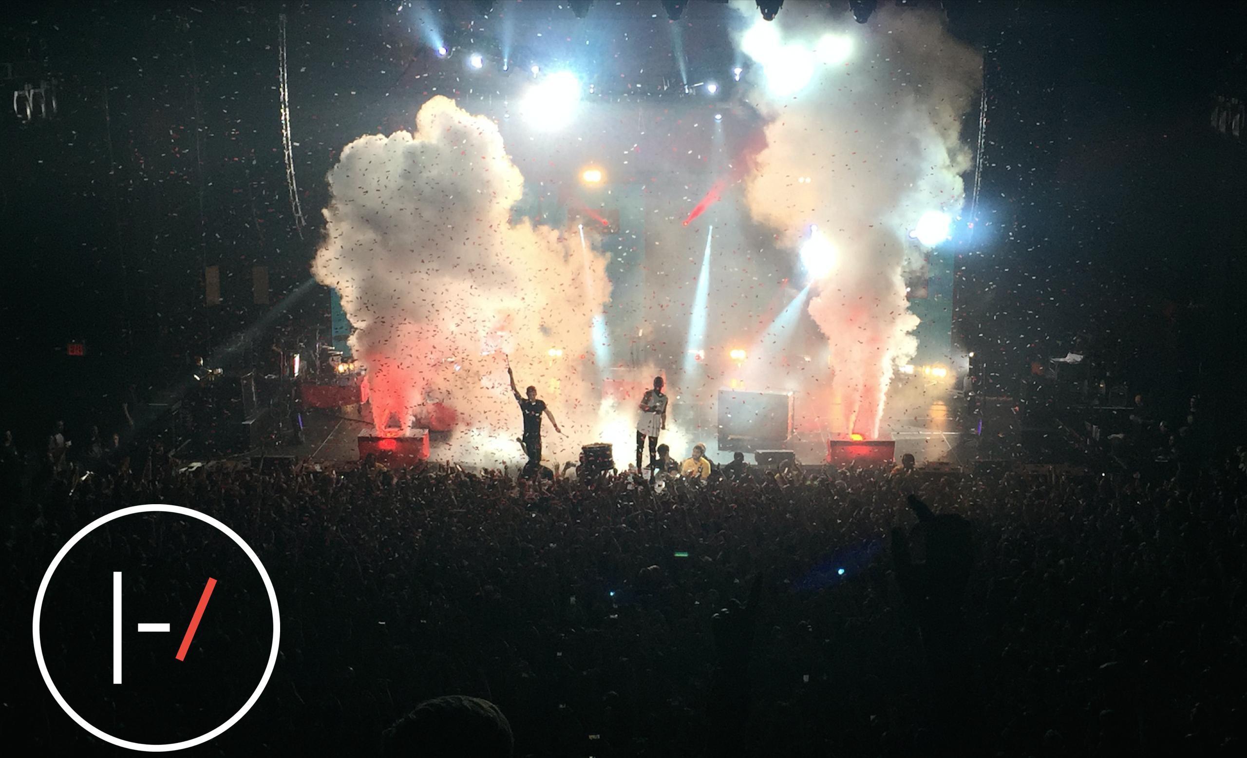 Fall Out Boy Wallpapers Iphone Twenty One Pilots Desktop Wallpaper 183 ① Download Free