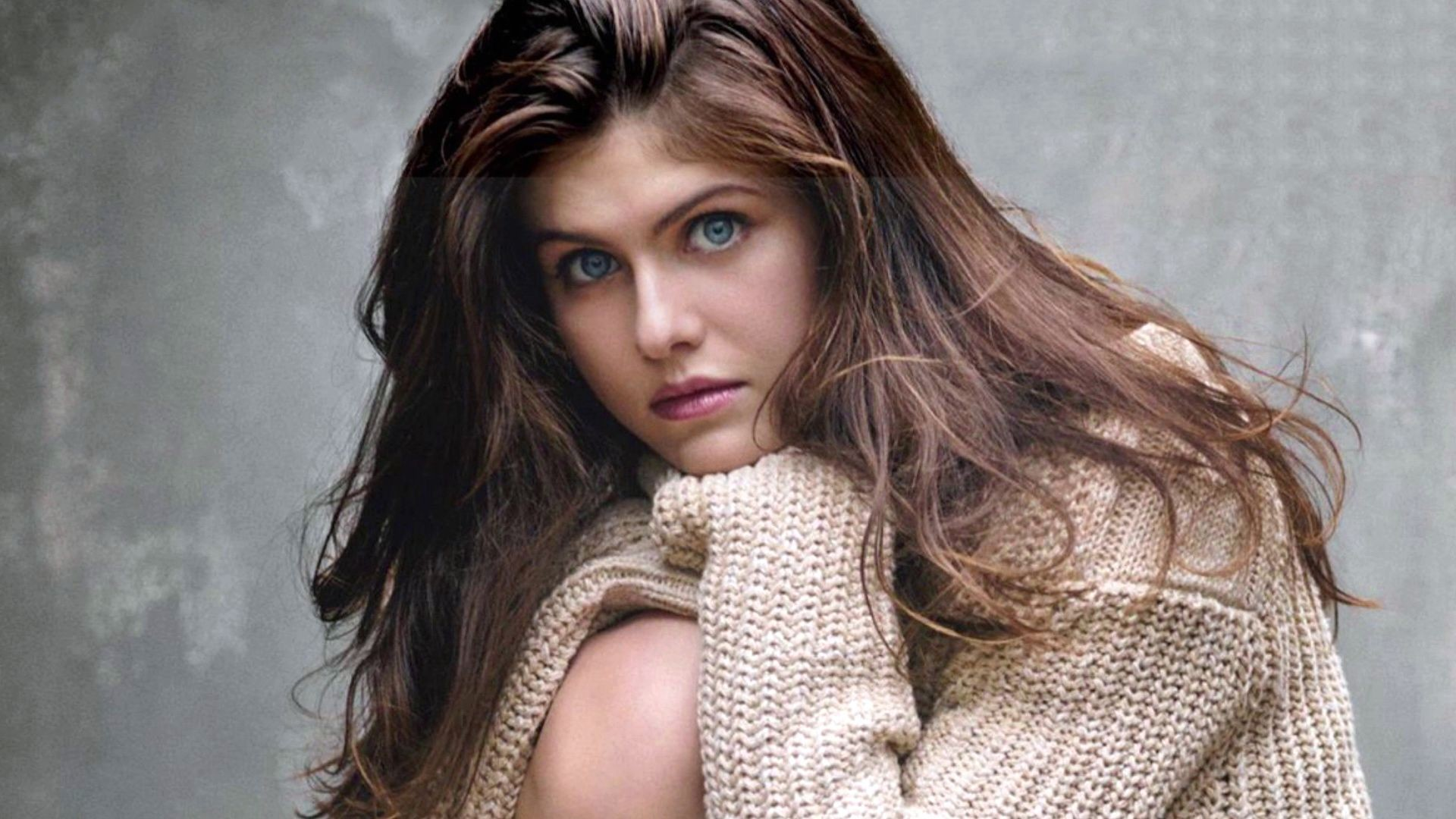 Free Download Girl Wallpaper For 360x640 Alexandra Daddario Wallpaper 183 ① Download Free Amazing Hd