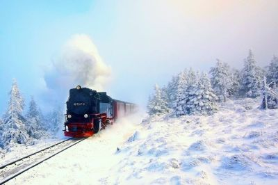 Steam Engine Wallpaper ·①
