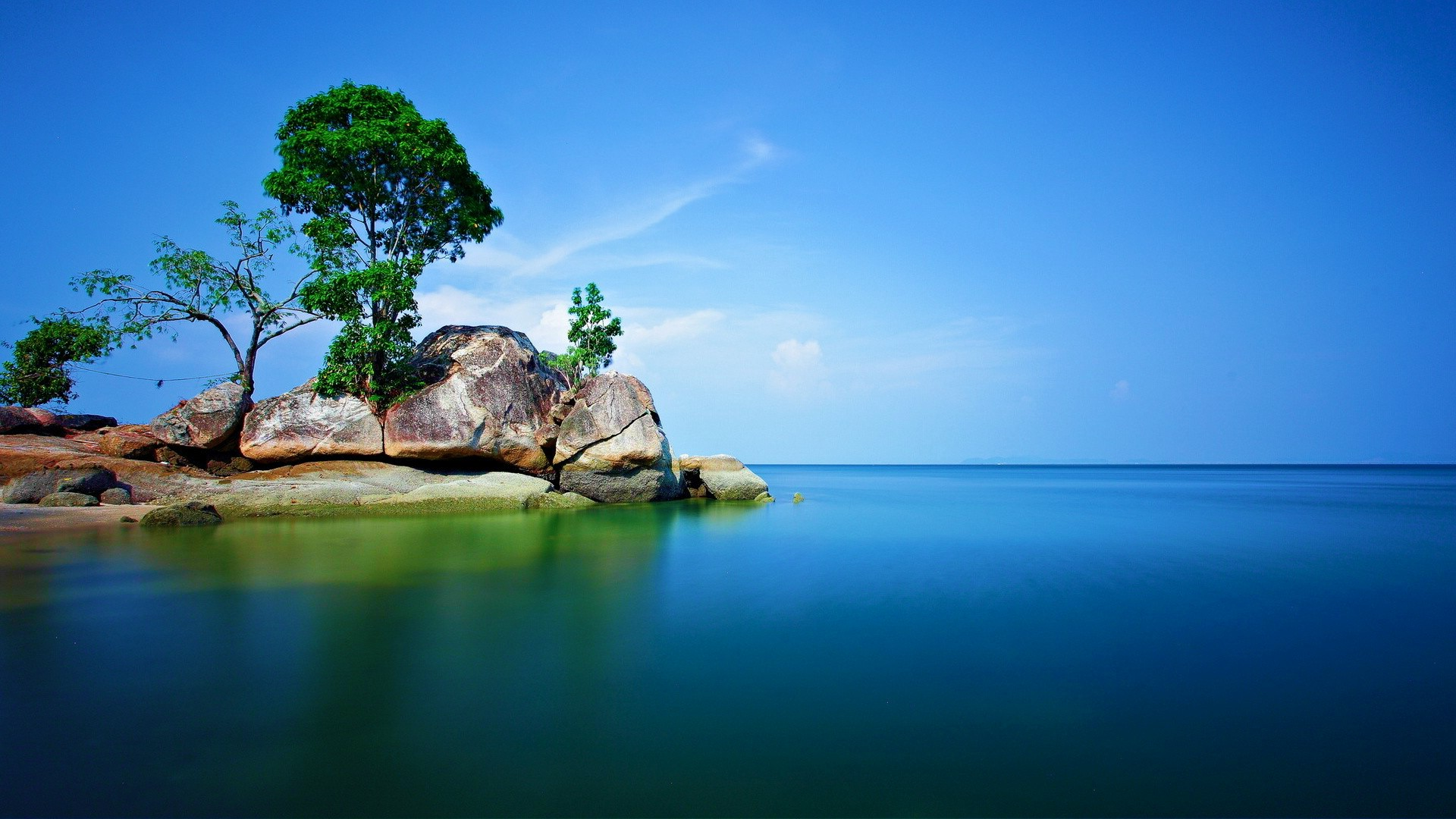 Hd Fantasy Girl Wallpapers 1080p Rock Trees Sea Nature Alone Landscape Wallpapers Hd