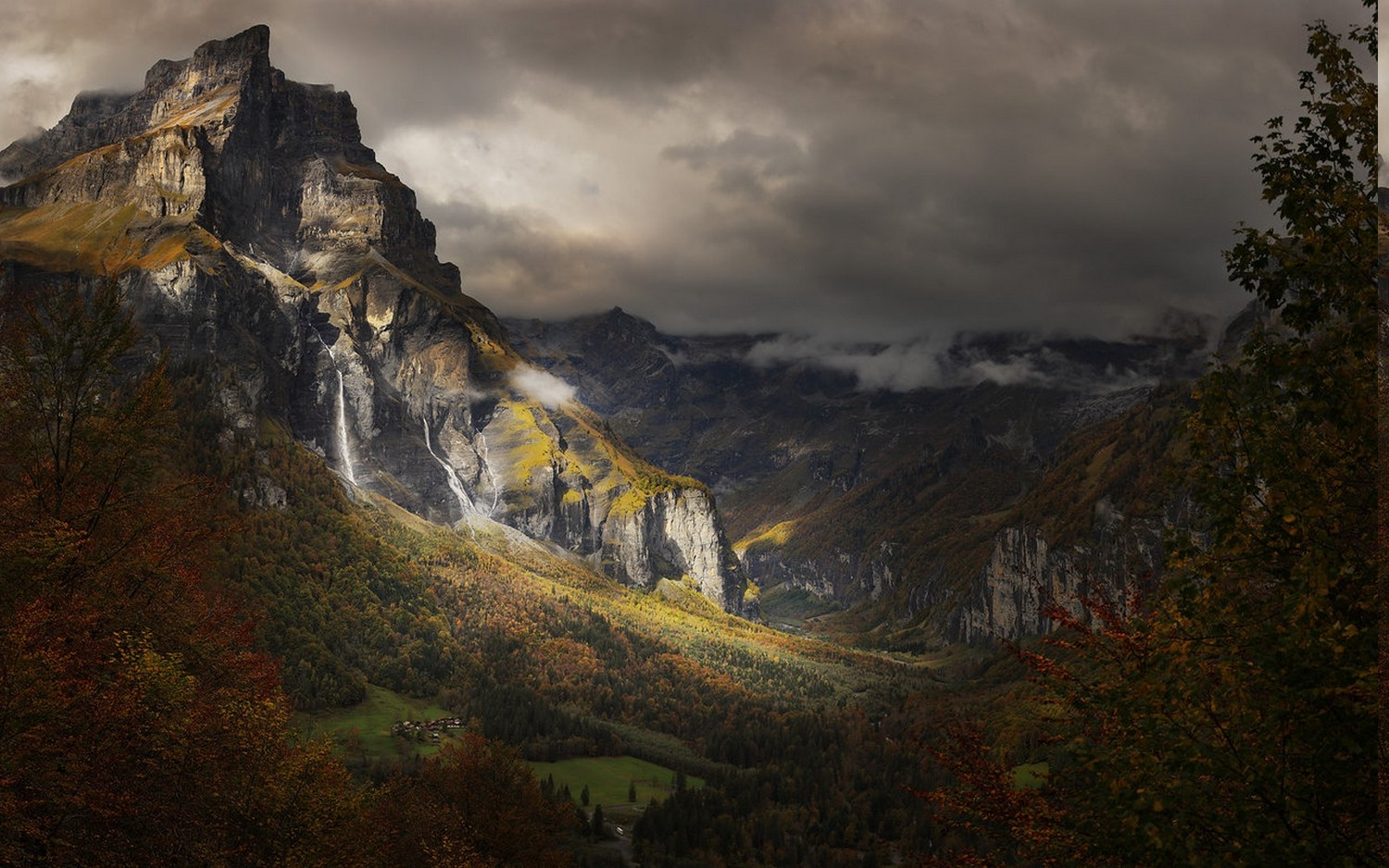 Fall Leaves Hd Desktop Wallpaper Nature Landscape Mountain Fall Forest France Alps