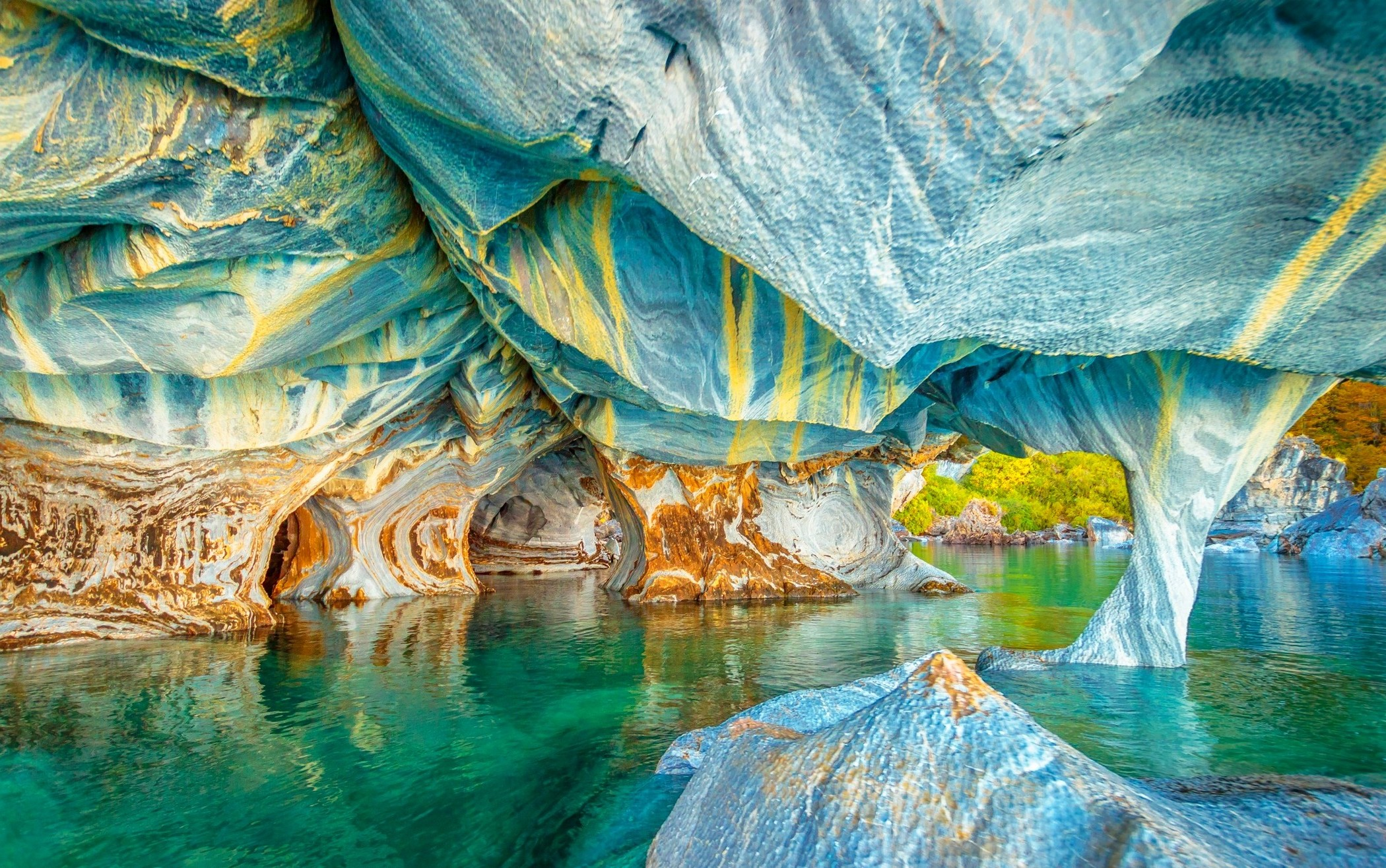 3 Girls Wallpaper Nature Landscape Lake Cave Chile Colorful Water