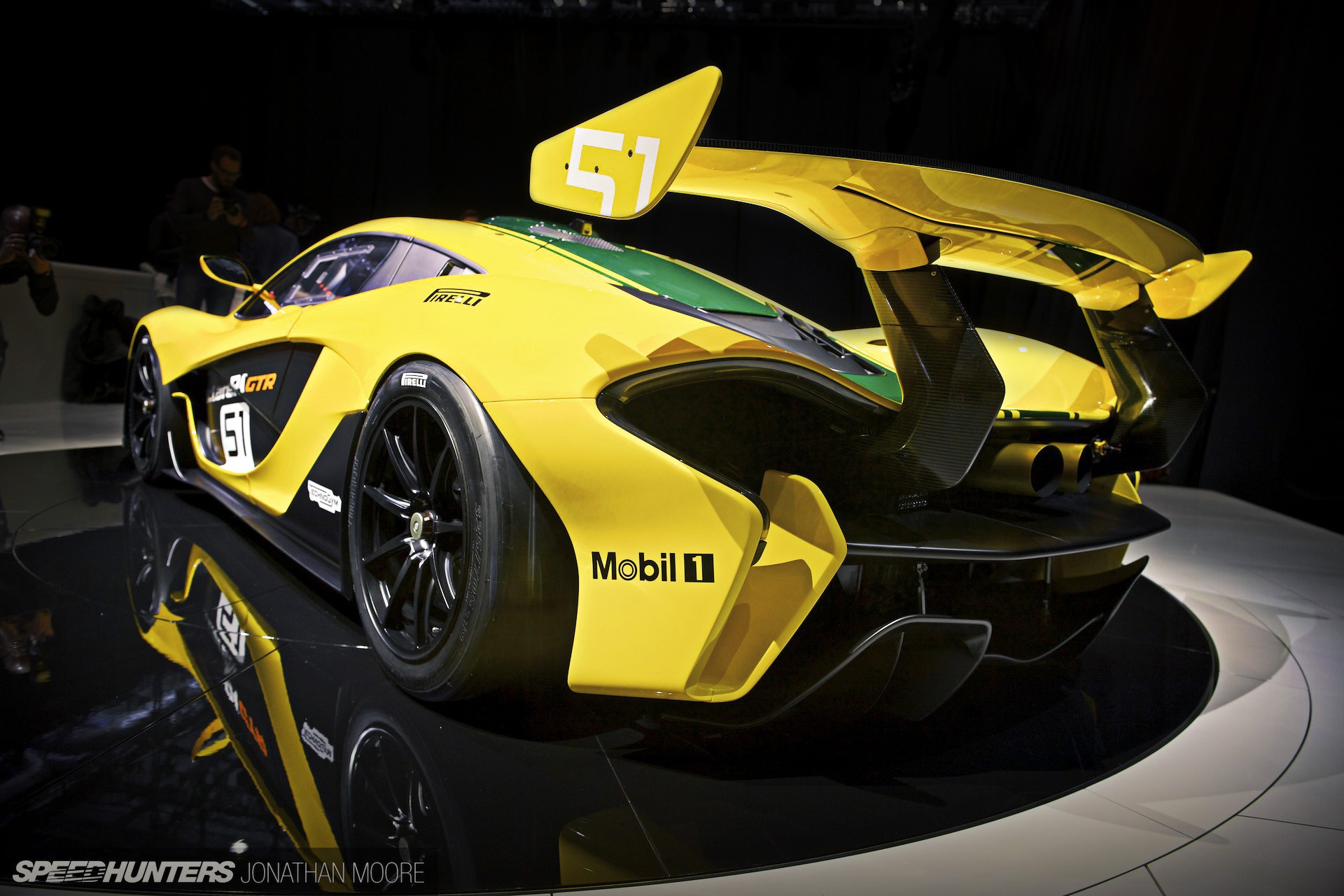 Super Car 5760x1080 Wallpaper Mclaren P1 Mclaren P1 Gtr Mclaren Super Car Race Cars