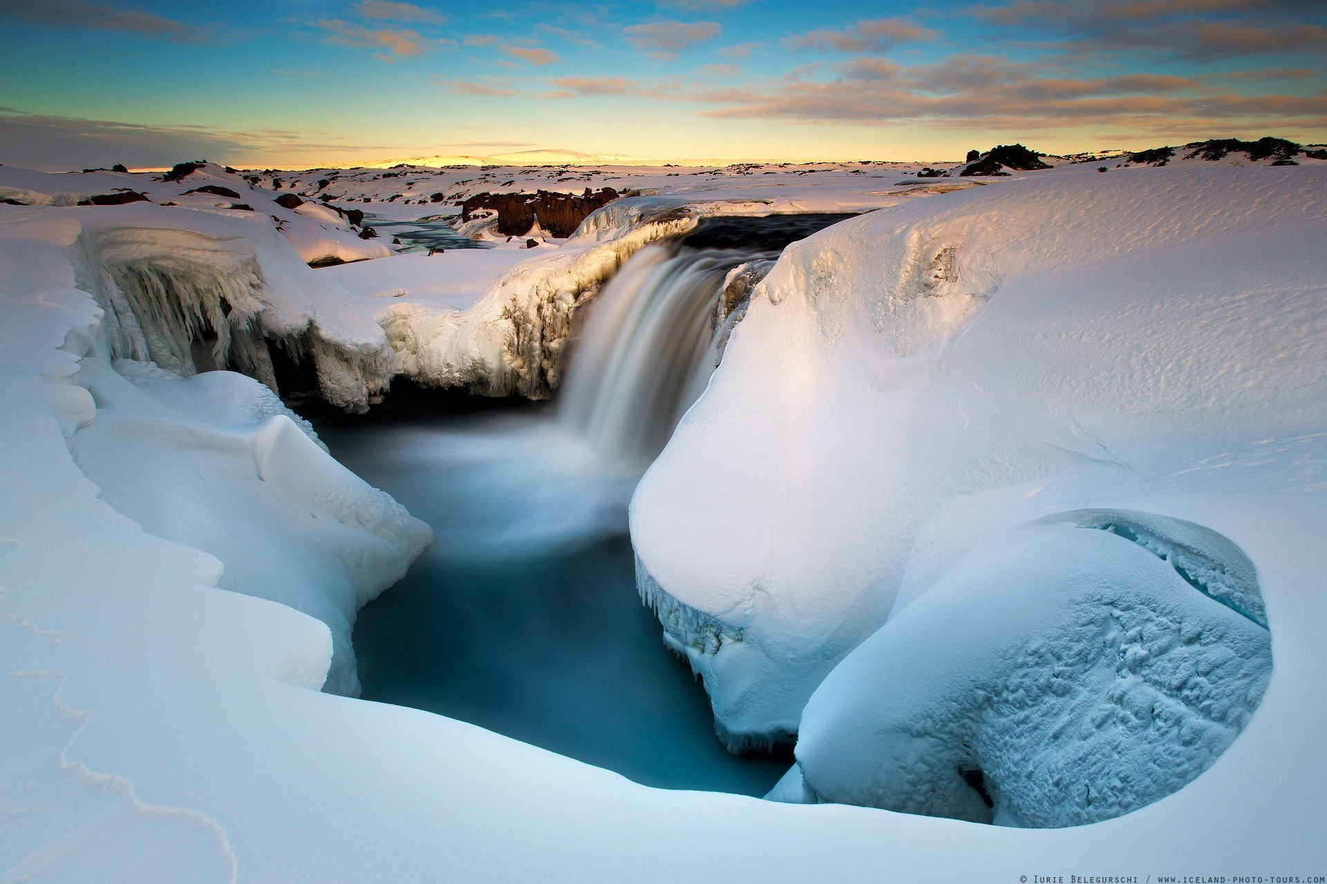 Beautiful Snow Falling Wallpapers Winter Snow Water Ice Landscape Long Exposure