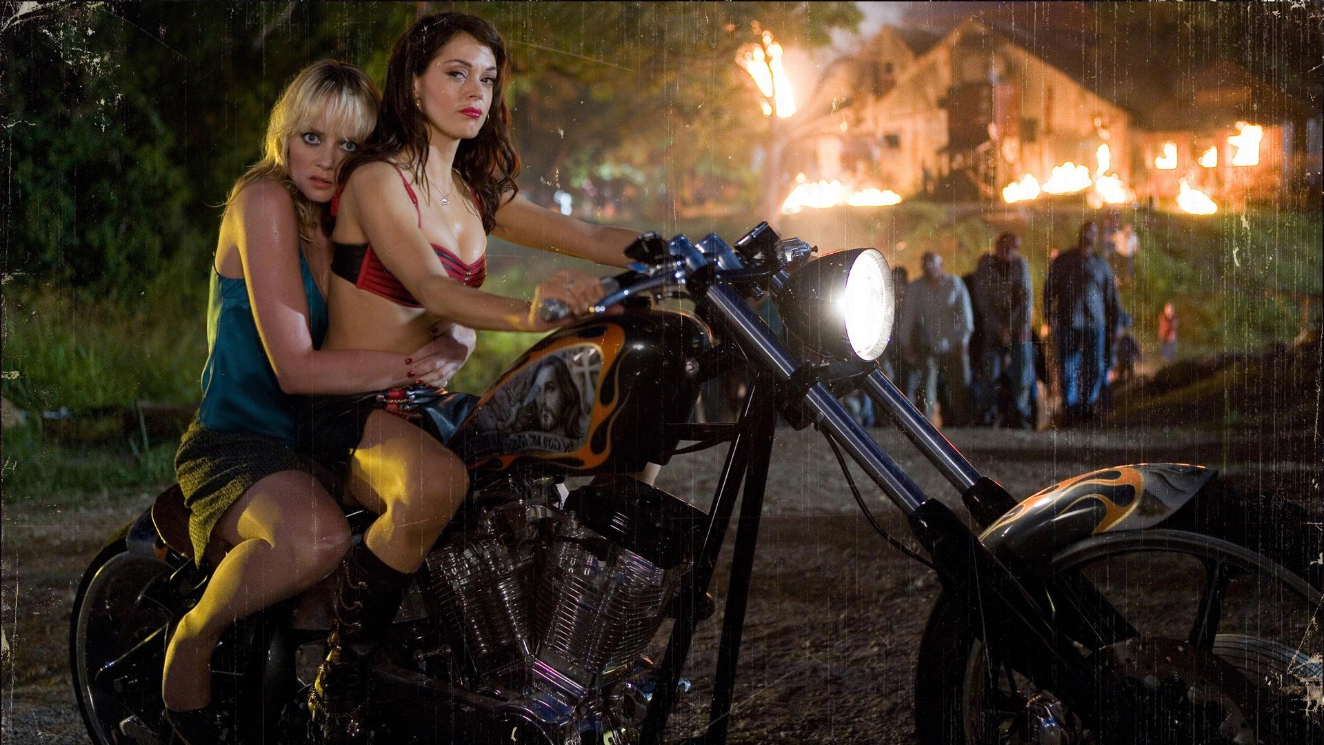 Biker Girl Wallpaper Free Download Movies Planet Terror Rose Mcgowan Wallpapers Hd