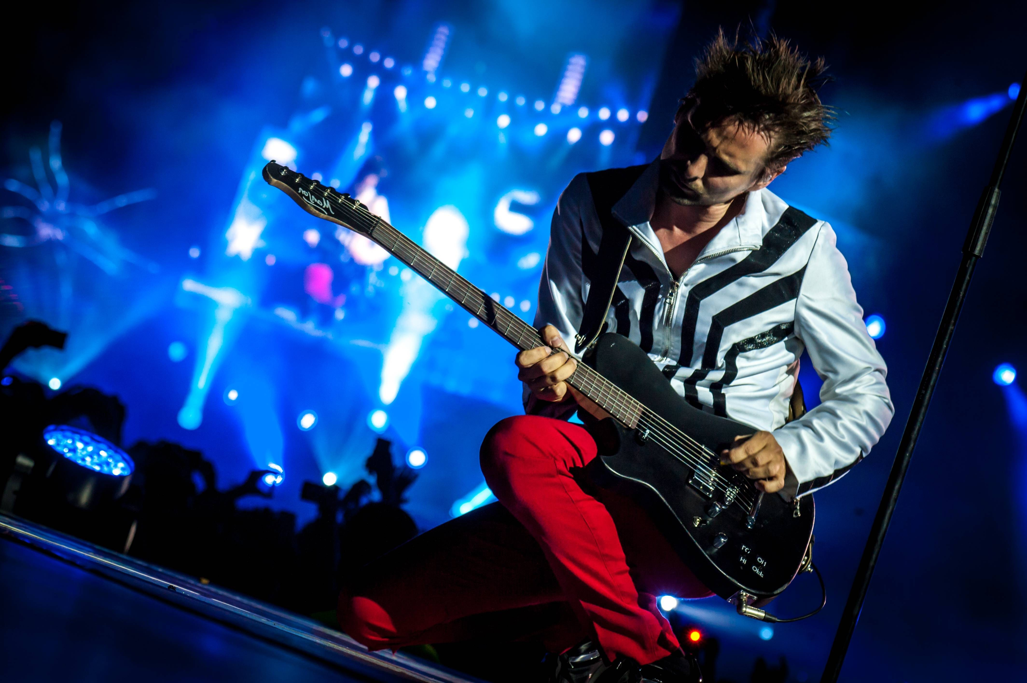The Cars Band Cover Wallpaper Matthew Bellamy Muse Wallpapers Hd Desktop And Mobile