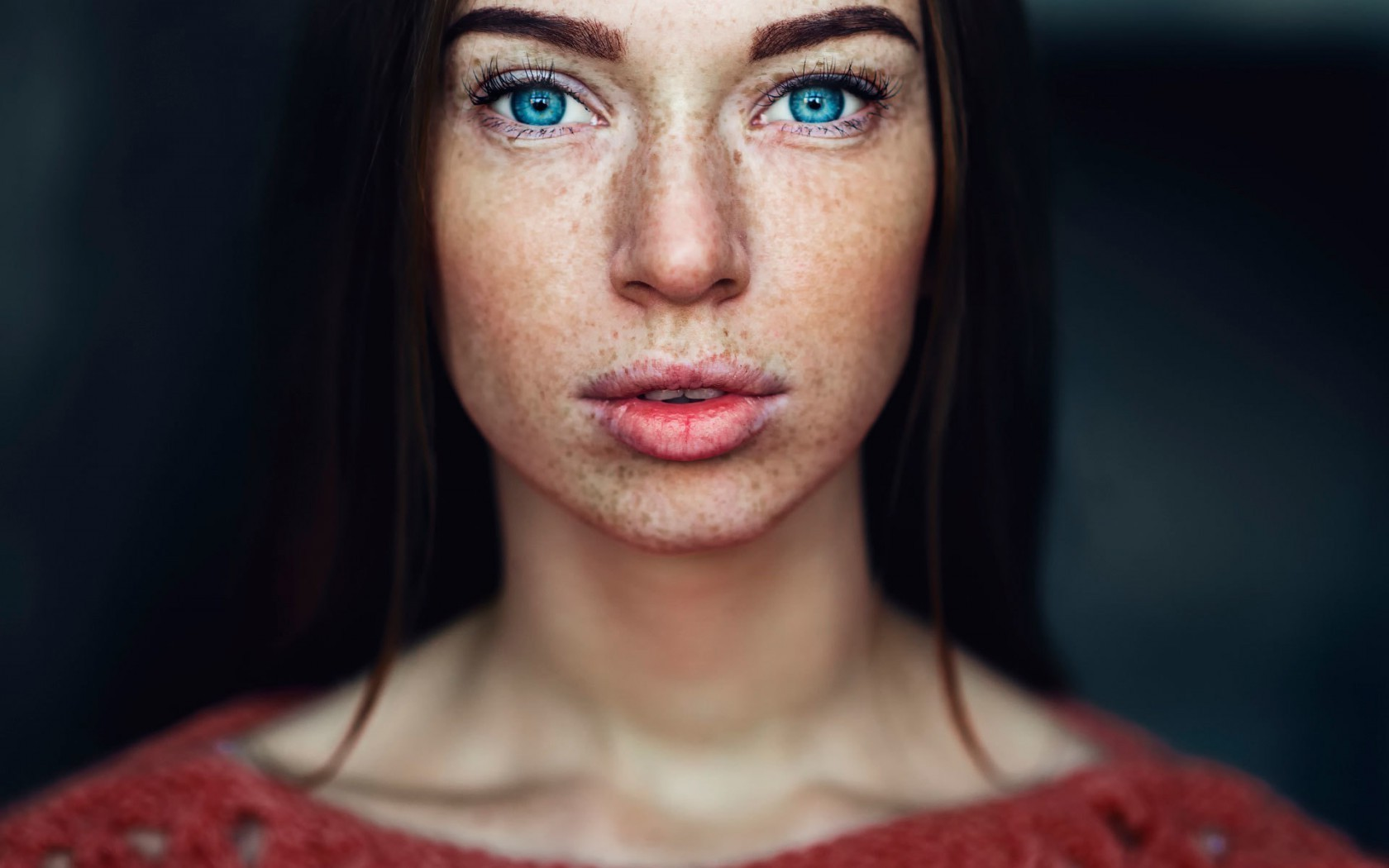 Girl Face Wallpaper 5k Women Brunette Blue Eyes Freckles Face Looking At
