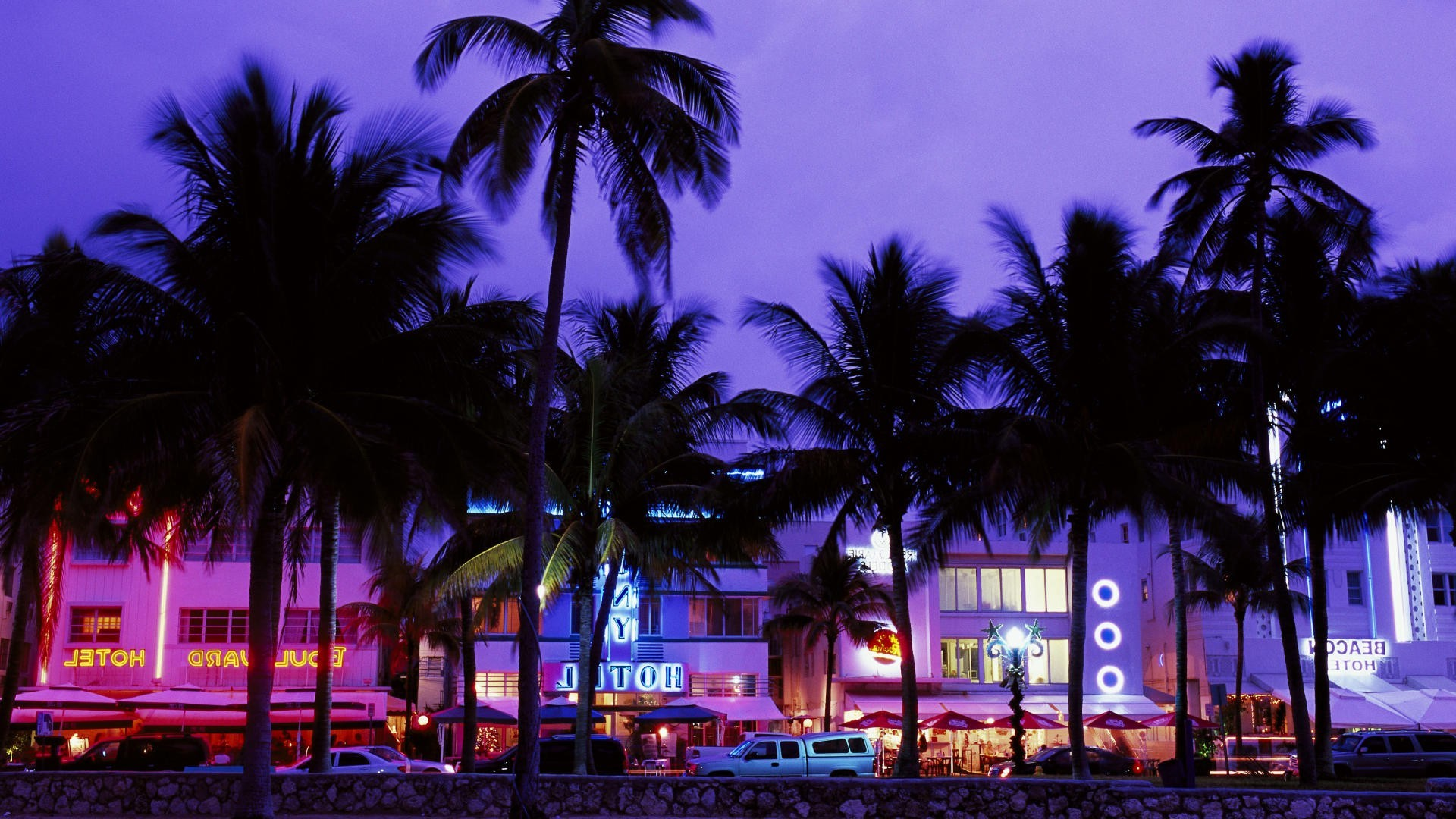 2560x1440 Wallpaper Cars Grand Theft Auto Vice City Hotels Beach Palm Trees