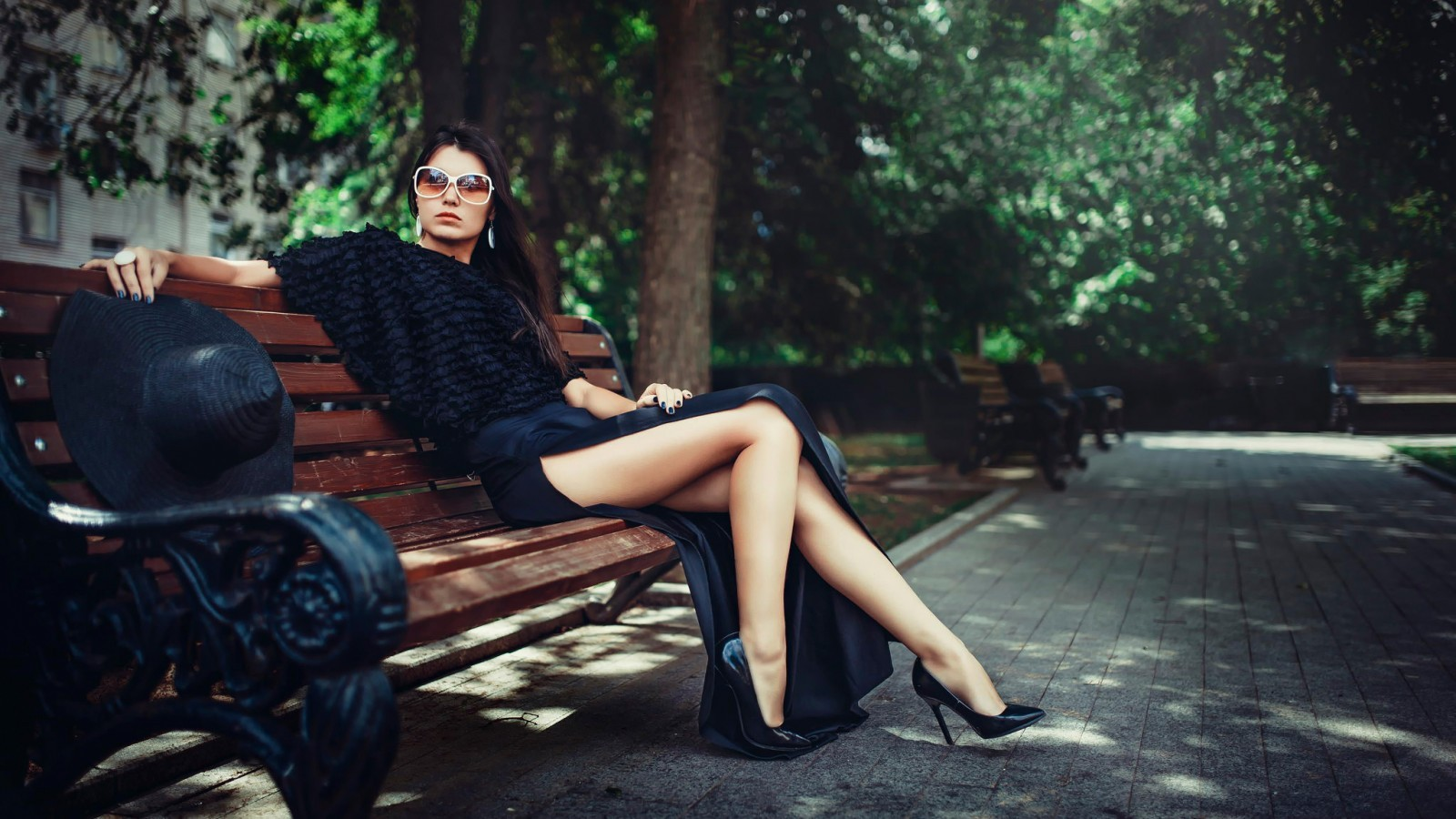 Wallpaper Of Girl Standing In Rain Legs Bench Women Brunette Sunglasses High Heels Wallpapers