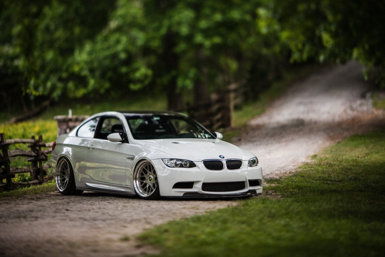 Bmw White Cars Wallpapers Bmw E92 Nature Stance Wallpapers Hd Desktop And Mobile