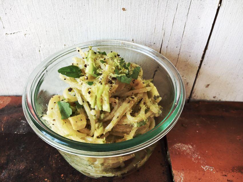spaghetti mit avocado ricotta mus von pastamaniac gastbeitrag wallygusto der blog der durch. Black Bedroom Furniture Sets. Home Design Ideas