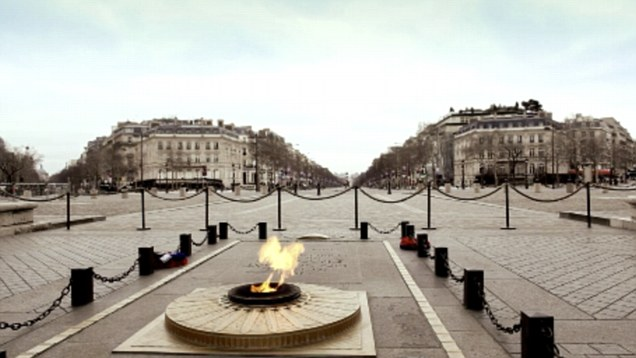 Paris with no people, isolated paris video, what makes a place special