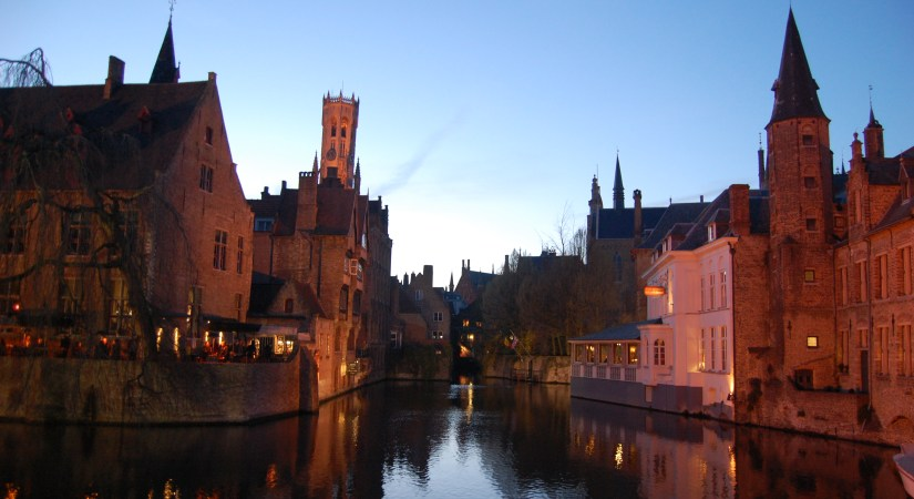Bruges canal walk, free things to do in Bruges