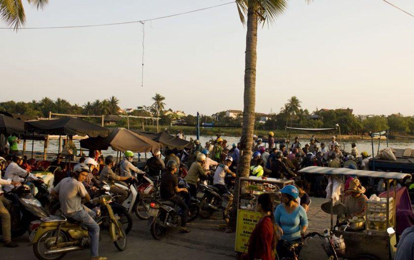 Moped madness Vietnam Hoi An