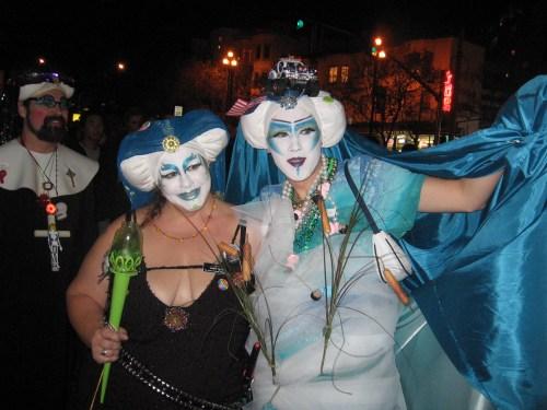 pale queens of castro