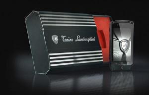 Tonino Lamborghini Antares - стильный смартфон