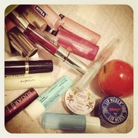 Lip Balm Reviews galore! Maybelline, Blistex, Nivea, and more! (That rhymed...)