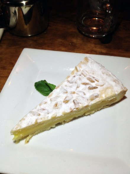 9 lemon tort pie