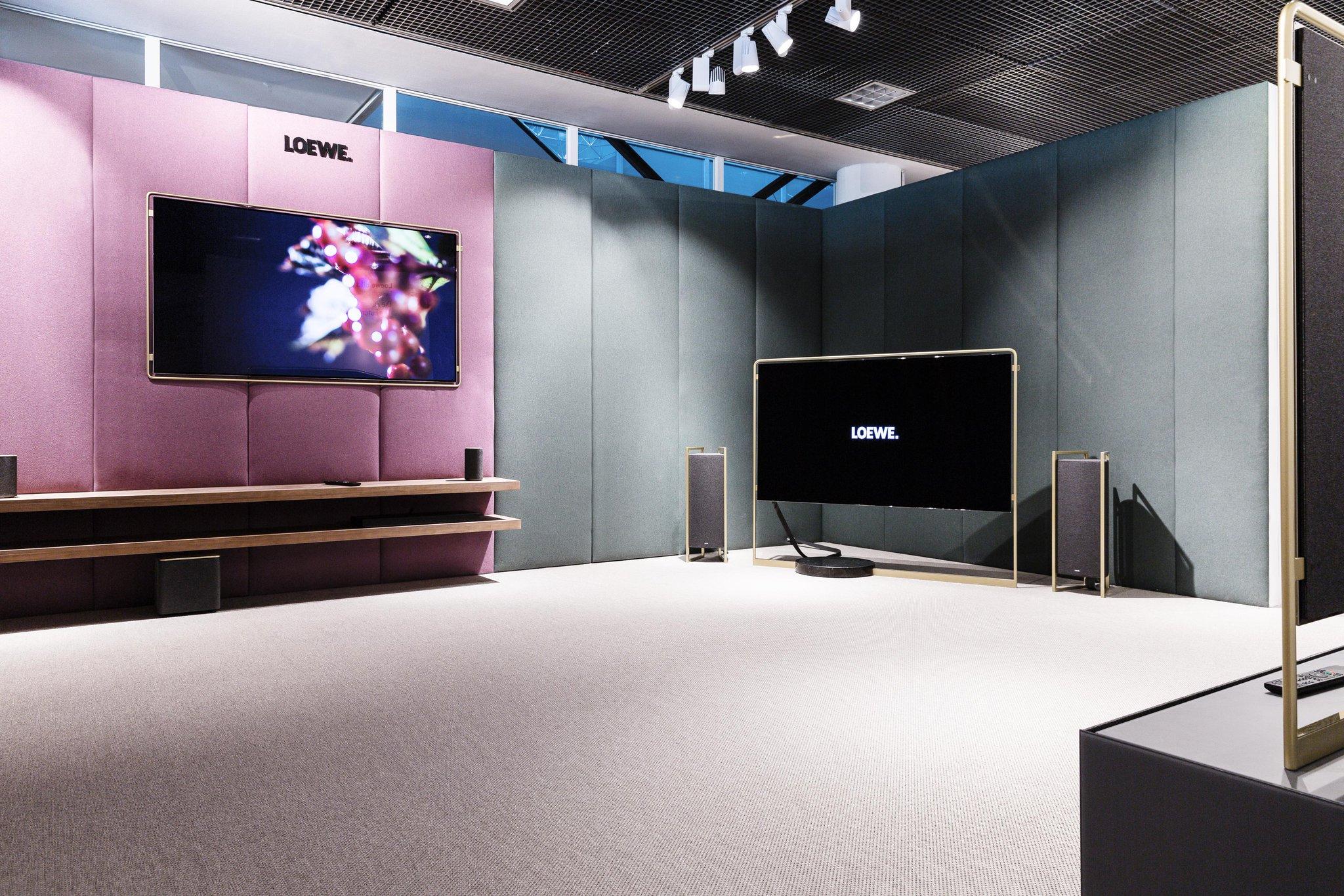 Tv Aan Muur : Lcd led tv lg mt dc cm muur tv steun te koop dehands be
