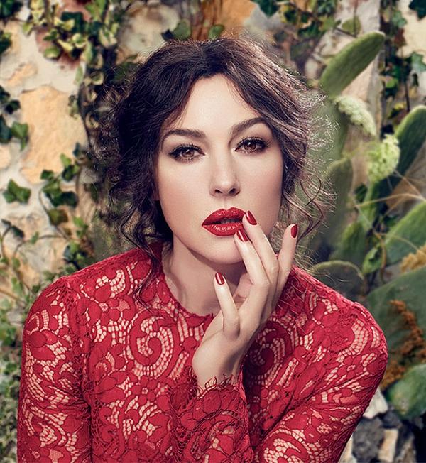 WTFSG-Monica-Belluci-Dolce-Gabbana-Classic-Cream-Lipstick