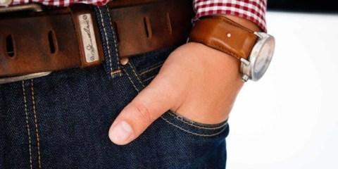 WTFSG_classic-watches-go-high-tech-smartstrap-ubirds_1
