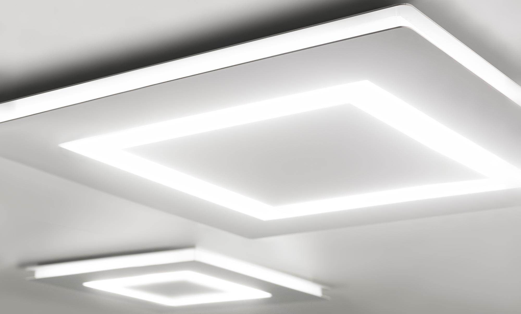 Flat ceiling lights