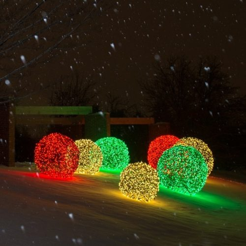 Christmas Light Spheres Outdoor 15 Festive Ways To - Cadeau Lumineux Exterieur