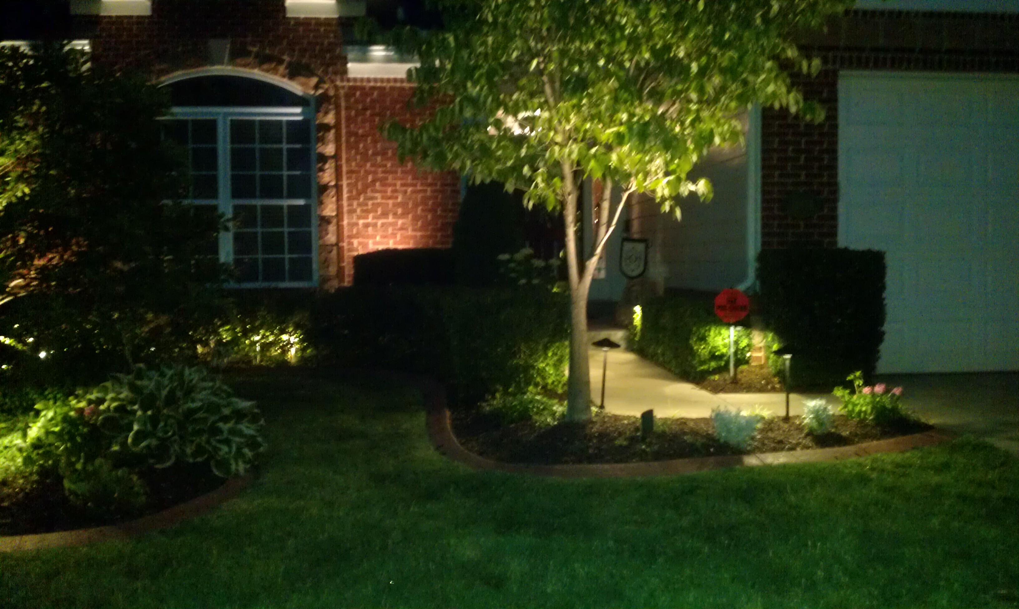 twilight low voltage outdoor lighting. Black Bedroom Furniture Sets. Home Design Ideas