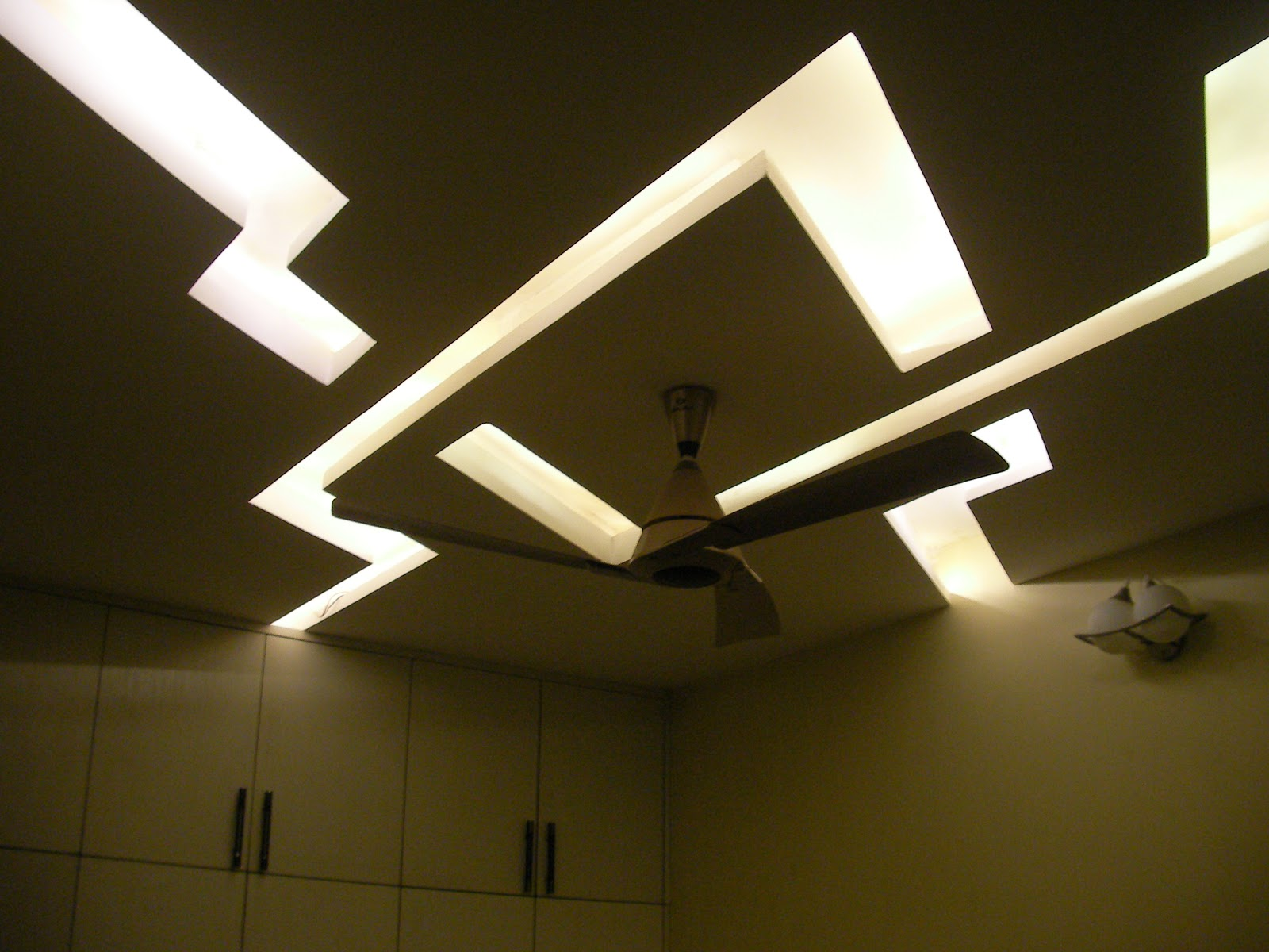 Cieling Lights Decorate Your Living Room With Modern Ceiling Lights