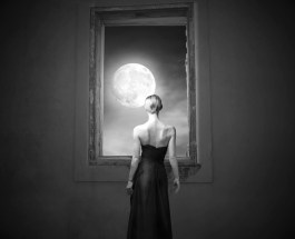 Women,+the+moon+and+menses