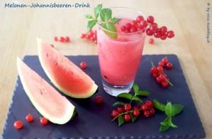 sommerliche Getränke: Melonen-Johannisbeer-Drink