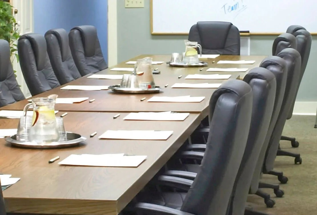 Meeting Room Tables Host Your Event At Our Wisconsin Retreat Center Meetings Groups