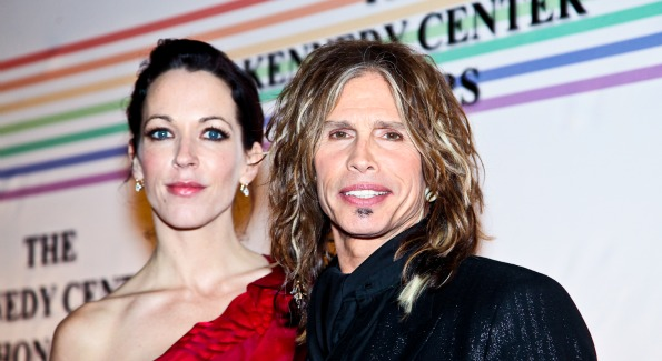 Erin Brady, Steven Tyler. Kennedy Center Honors Red Carpet. Photo by Tony Powell.