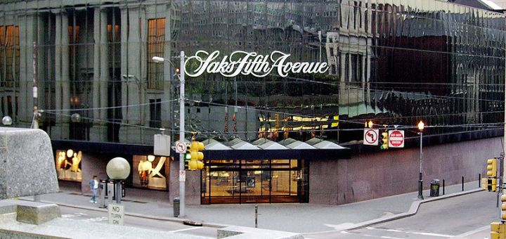 800px-Saks_Fifth_Avenue