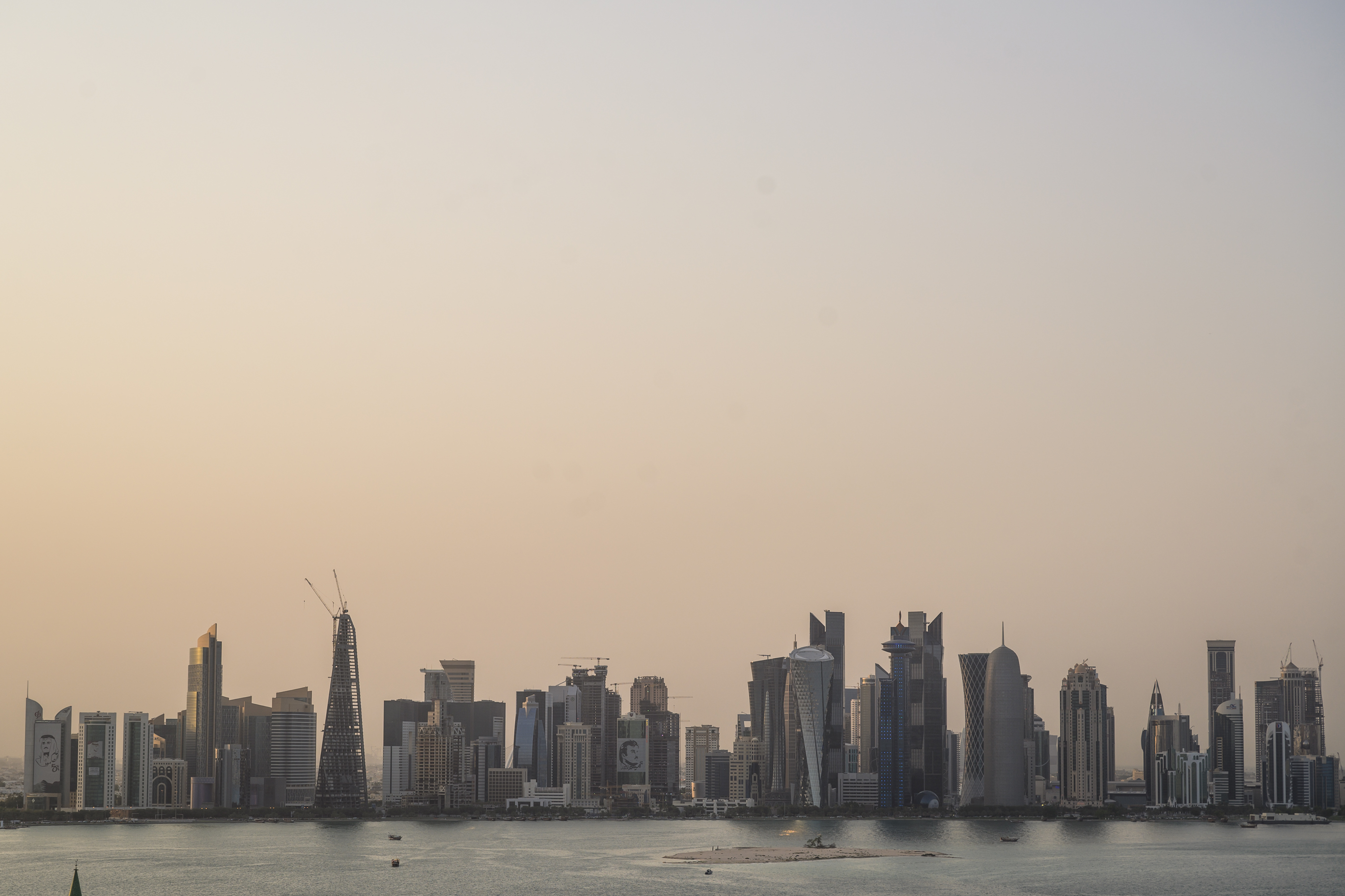 Black Point System In Qatar Qatar Facing Unbearable Heat Has Begun To Air Condition