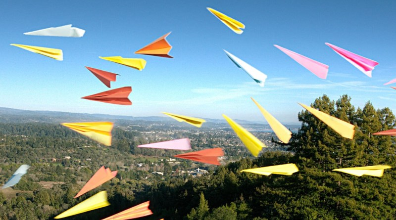 paper_airplanes_origami_grass_flying_many_54230_3840x1200