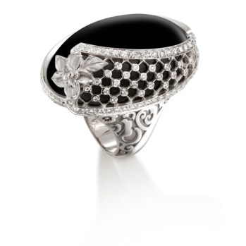 DA13600 020708 - Sierpes maxi ring in white gold, onyx and diamonds