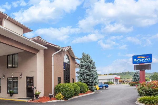 Baymont inn and Suites in Pigeon Entrance
