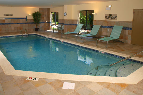 View of the indoor pool at the SpringHill Suites in Pigeon Forge