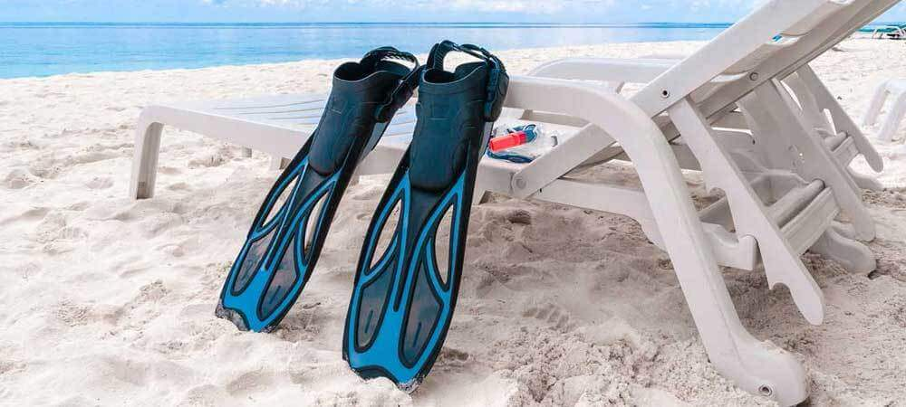 Best Snorkeling Fins  Quick Buying Guide + Reviews 2018