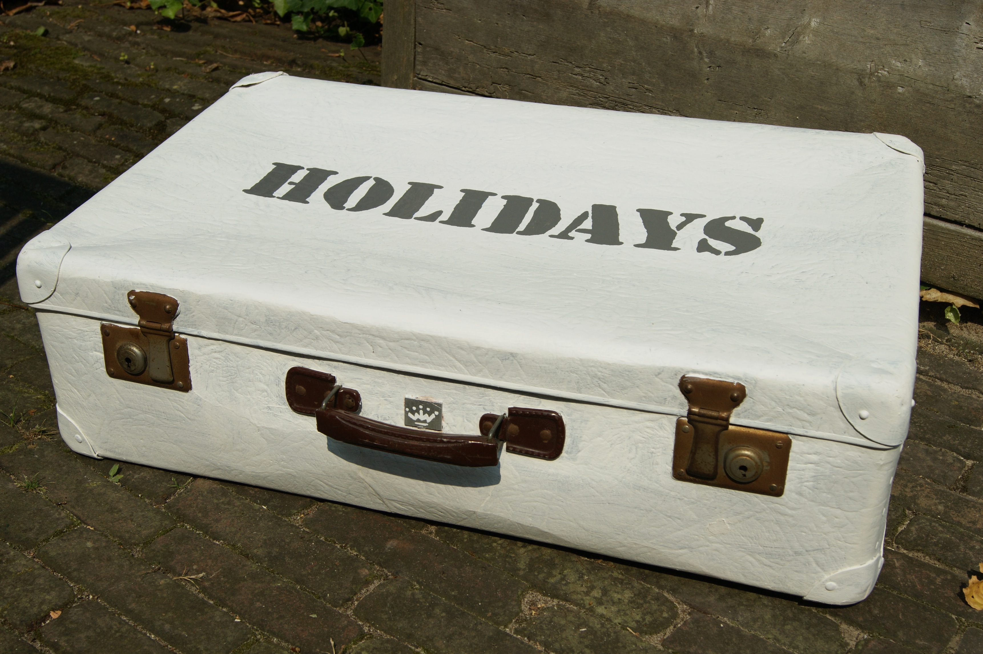 Oude Koffer Kopen Koffer Holidays Nr 29 Wat Wit