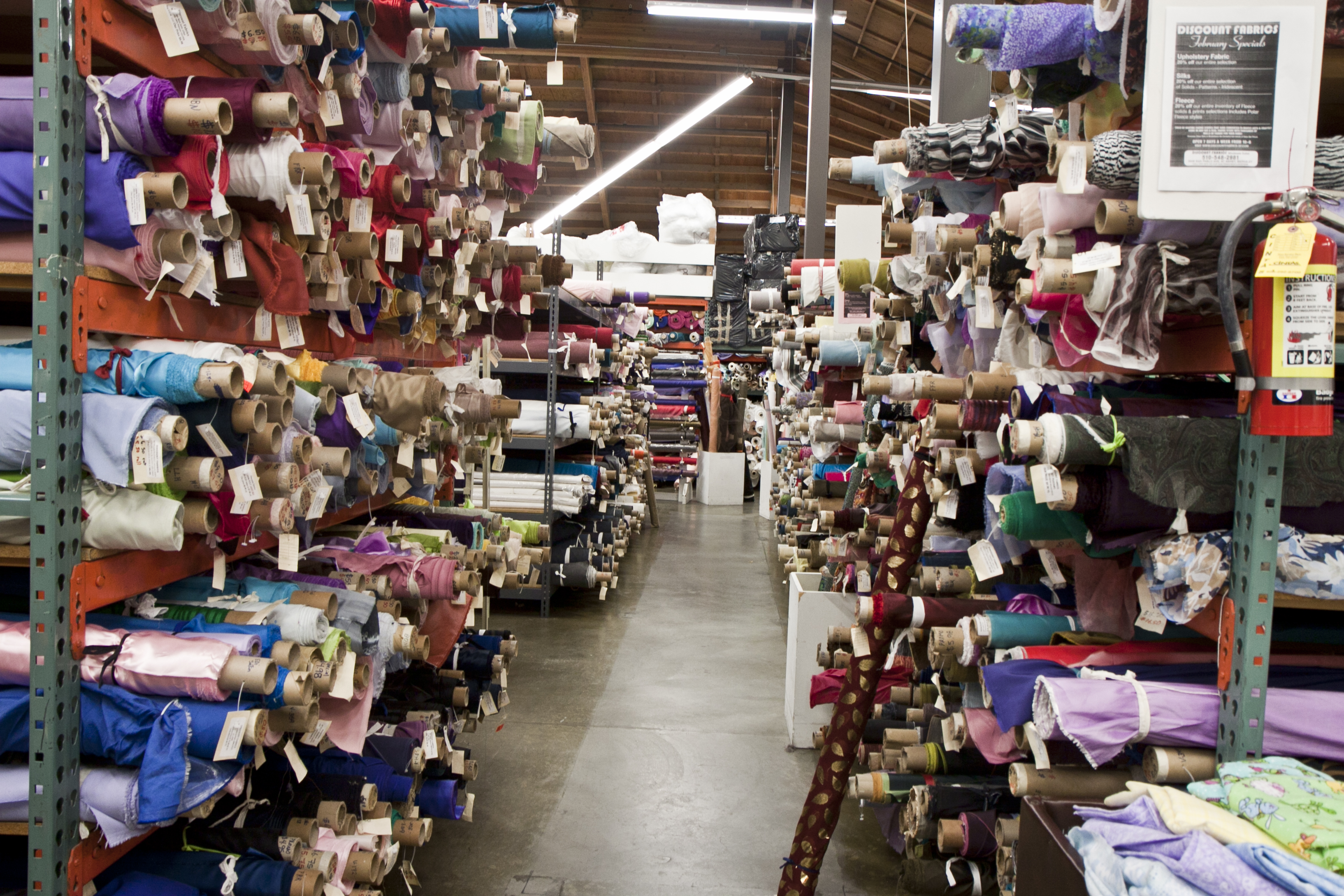 Magasin D Usine Ile De France Big Crazy Fabric Warehouse As I See It