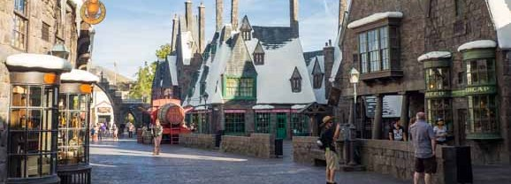 Visit Universal Studios Los Angeles: Harry Potter Comes to Life