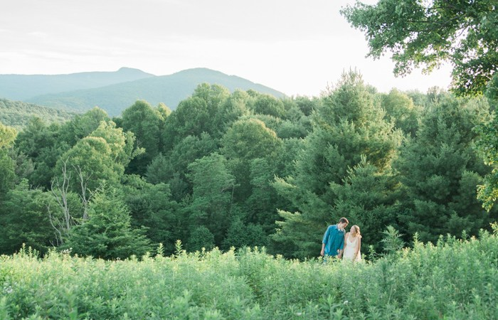 Blue Ridge Mountain Engagement Photo Adventure on Tanawha Trail