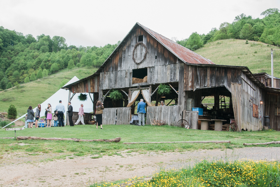 White Fence Farm Wedding Photos: Jessica + Ray's Adventure
