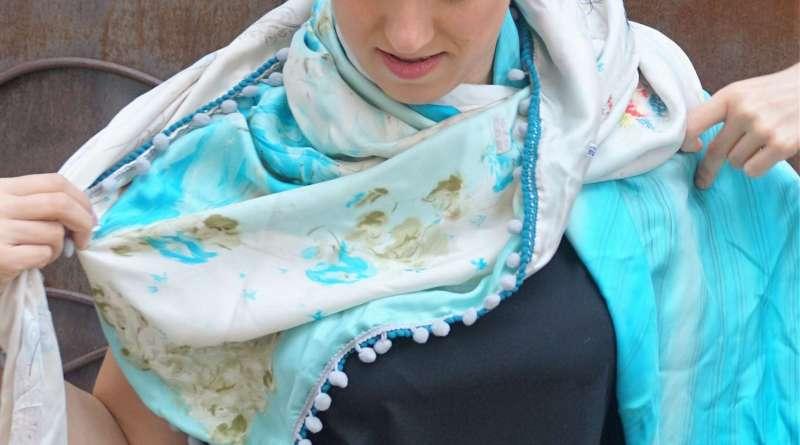 Wayome Upcycling foulard bleu ciel image une