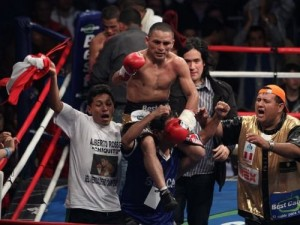Rossel retains WBA interim 108lb belt