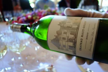 Learn about Best White Bordeaux Wine Vineyards Taste Character Grapes